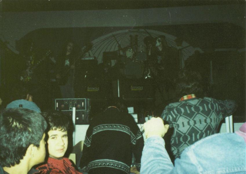 1990-12-09 Mayhem
